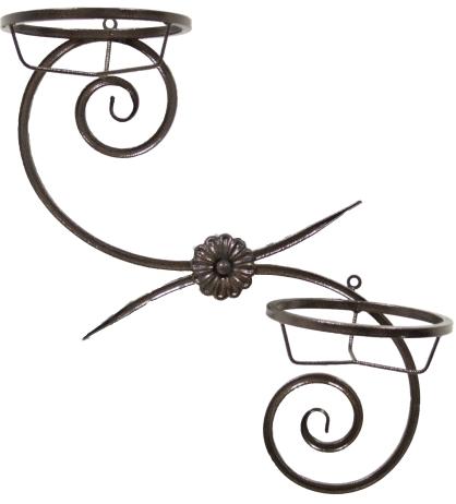 Подставка под цветы настенная металлическая своими руками